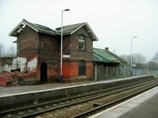 Wikipedia - Lostock Gralam railway station