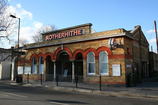Wikipedia - Rotherhithe railway station